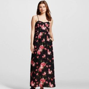 Black floral maxi dress size small
